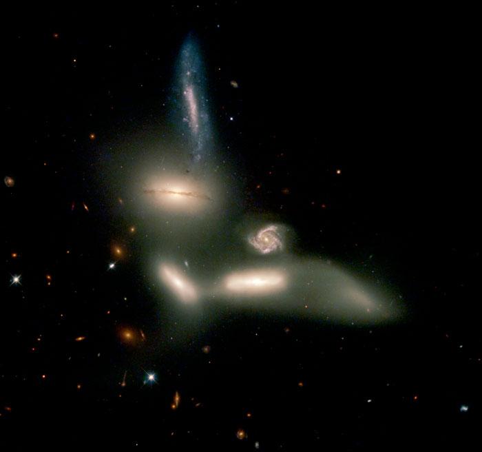 Seyfert's Sextet NGC 6027
